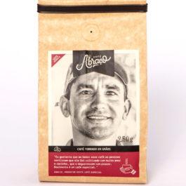 Café Abraço – (produtor Márcio) – 100% arábica – 250 gramas – Em grãos
