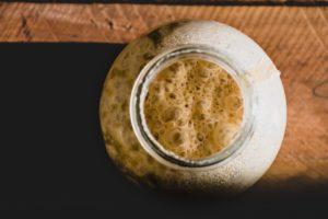 Como fazer fermento natural