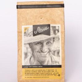 Café Abraço – (produtor Carlinhos) – 100% arábica – 250 gramas – Moído