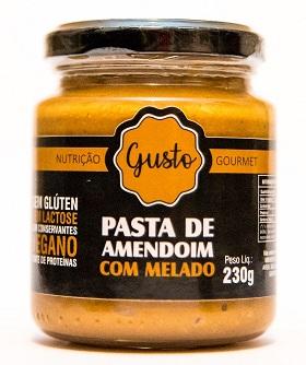 Pasta de amendoim com melado